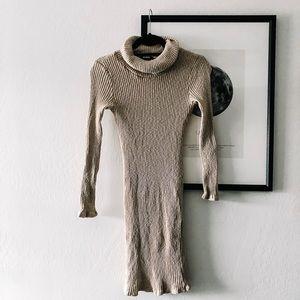 Dresses & Skirts - Midi Sweater Dress